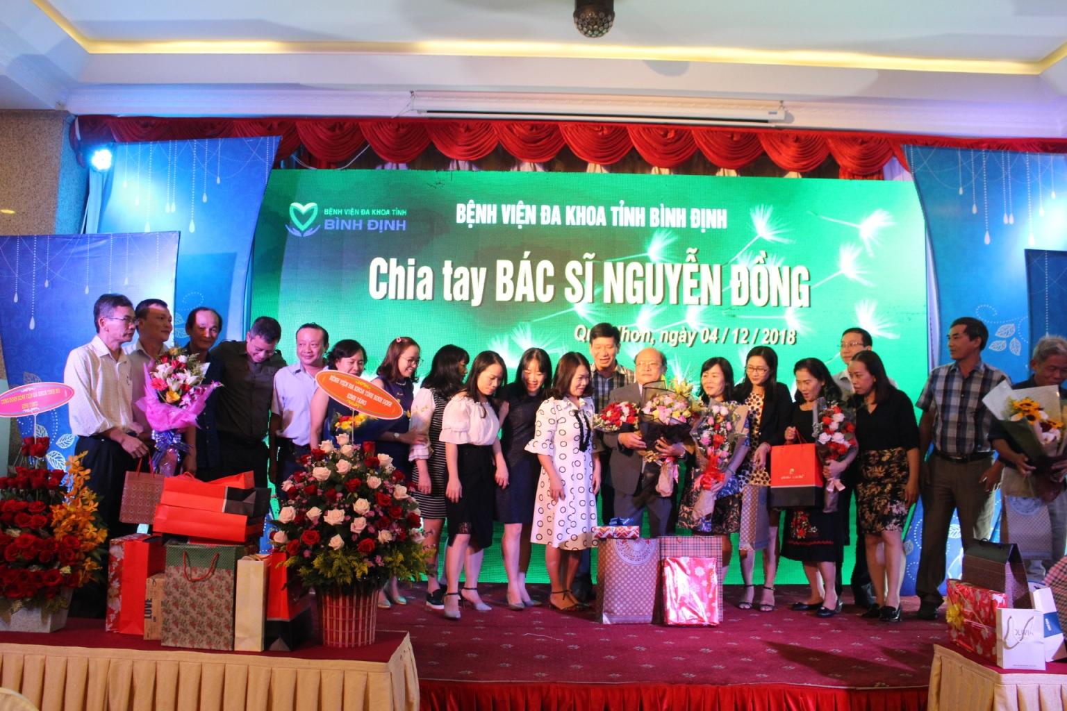 Lễ chia tay Bác sĩ Nguyễn Đồng
