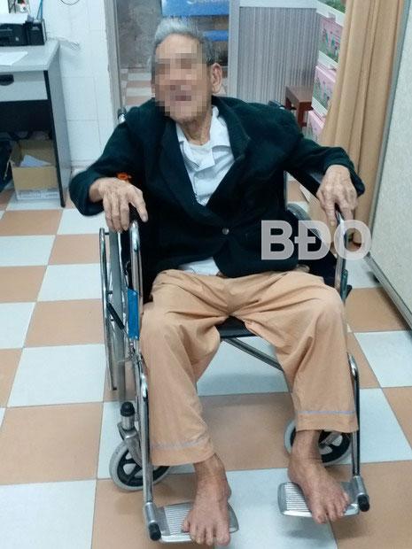 Nội soi lấy xương heo mắc trong thực quản cụ ông 105 tuổi