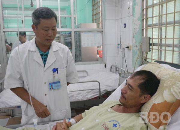 Cứu sống bệnh nhân đột quỵ chuyển viện từ Gia Lai