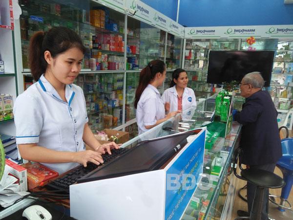 Kết nối mạng các cơ sở kinh doanh thuốc : Góp phần kiểm soát bán thuốc theo đơn
