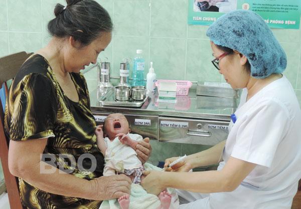 Tiêm vắc-xin viêm gan B Tiêm muộn sẽ kém hiệu quả