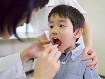 Phòng bệnh viêm mũi họng cấp ở trẻ em